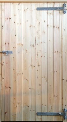 "34"" Standard Tack Room Door with Reversible Hinges"