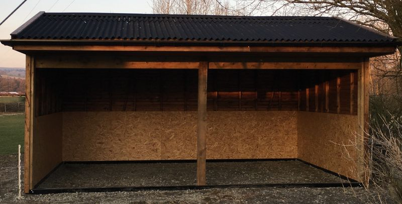 Open Fronted Field Shelter image #3