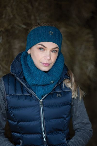 CABLE TWIST KNIT SNOOD image #2