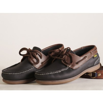 Blue deck shoe