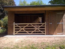 Open Fronted Field Shelter With Gate and Adjoining Tack Room