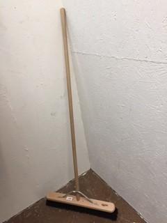 Industrial Stiff 610mm Platform Broom with Handle image #1