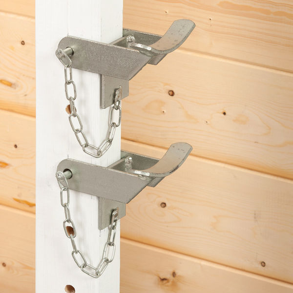 BSJA Pair Galavanised Chained Cup - Pole Type