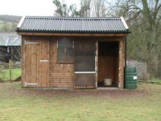 Compact Pony Stable with Adjoining Tack Room