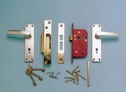Fully Fitted 5 Lever Mortice Lock