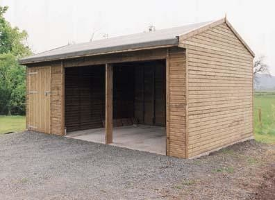 Double Field Shelter & Tack/Feedroom
