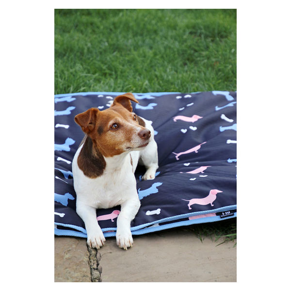 HY Liza Dog Print Dog Bed